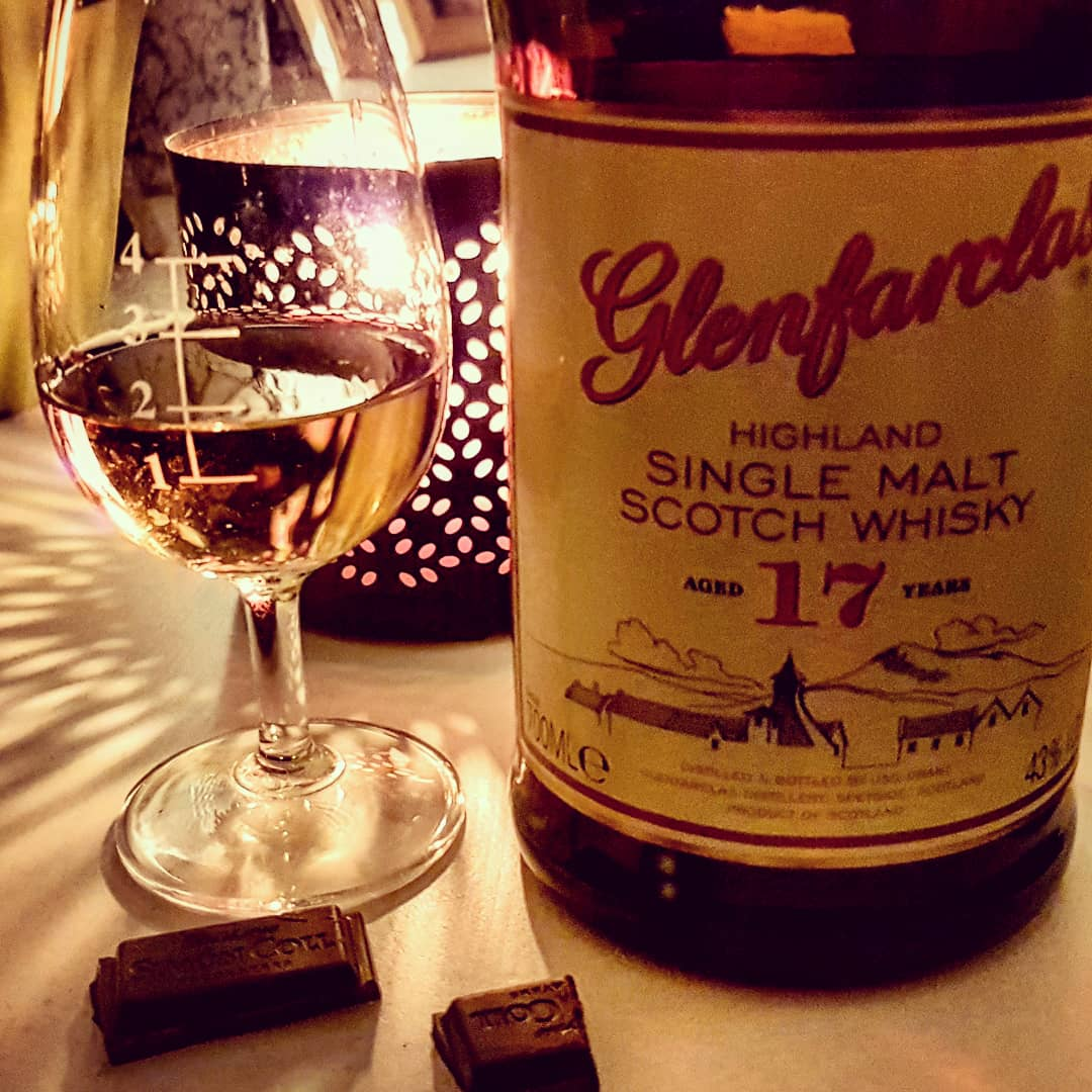 Glenfarclas 17 Jahre Speyside Single Malt Scotch Whisky