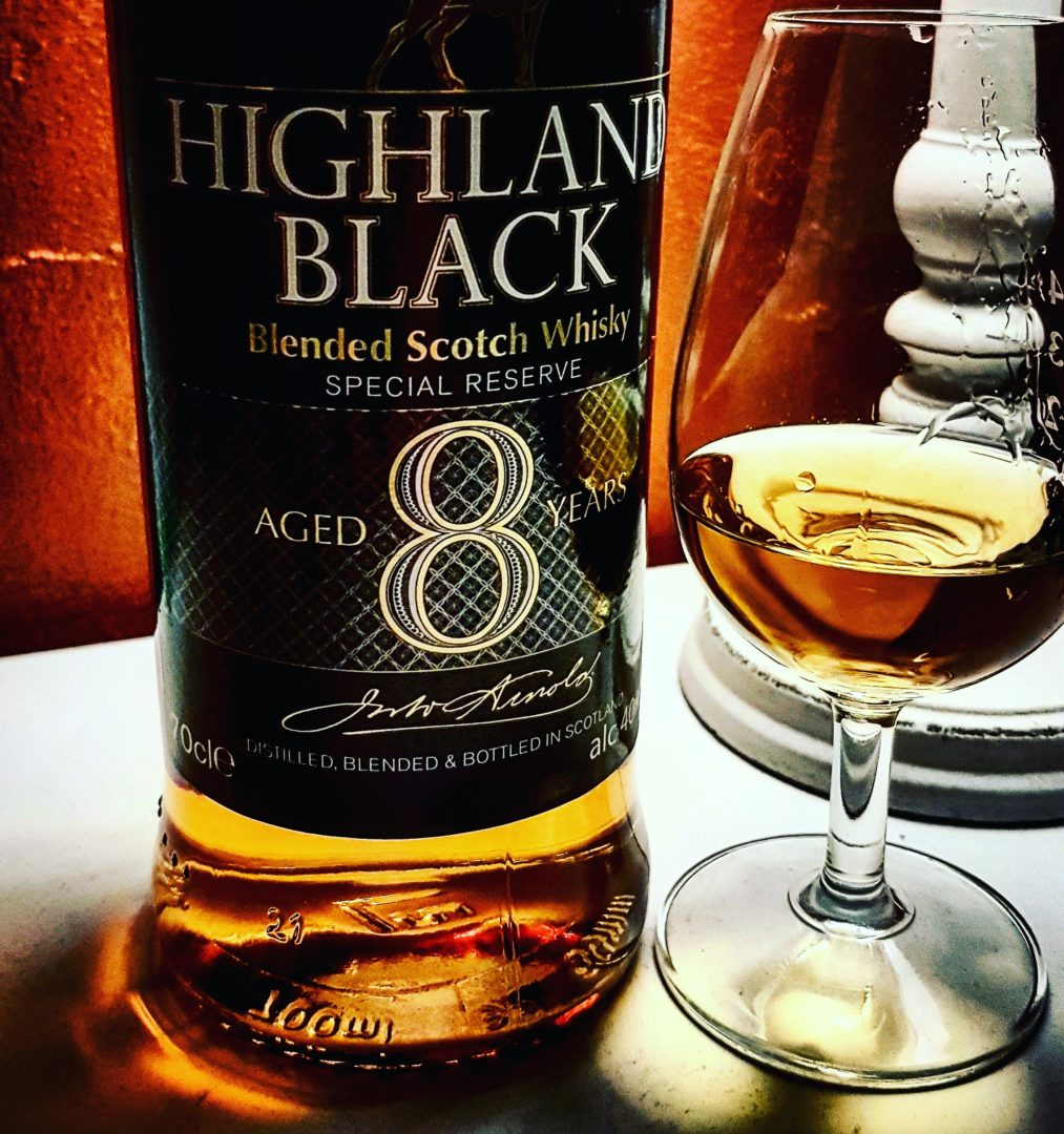 Highland Black 8 Jahre Blended Scotch Whisky