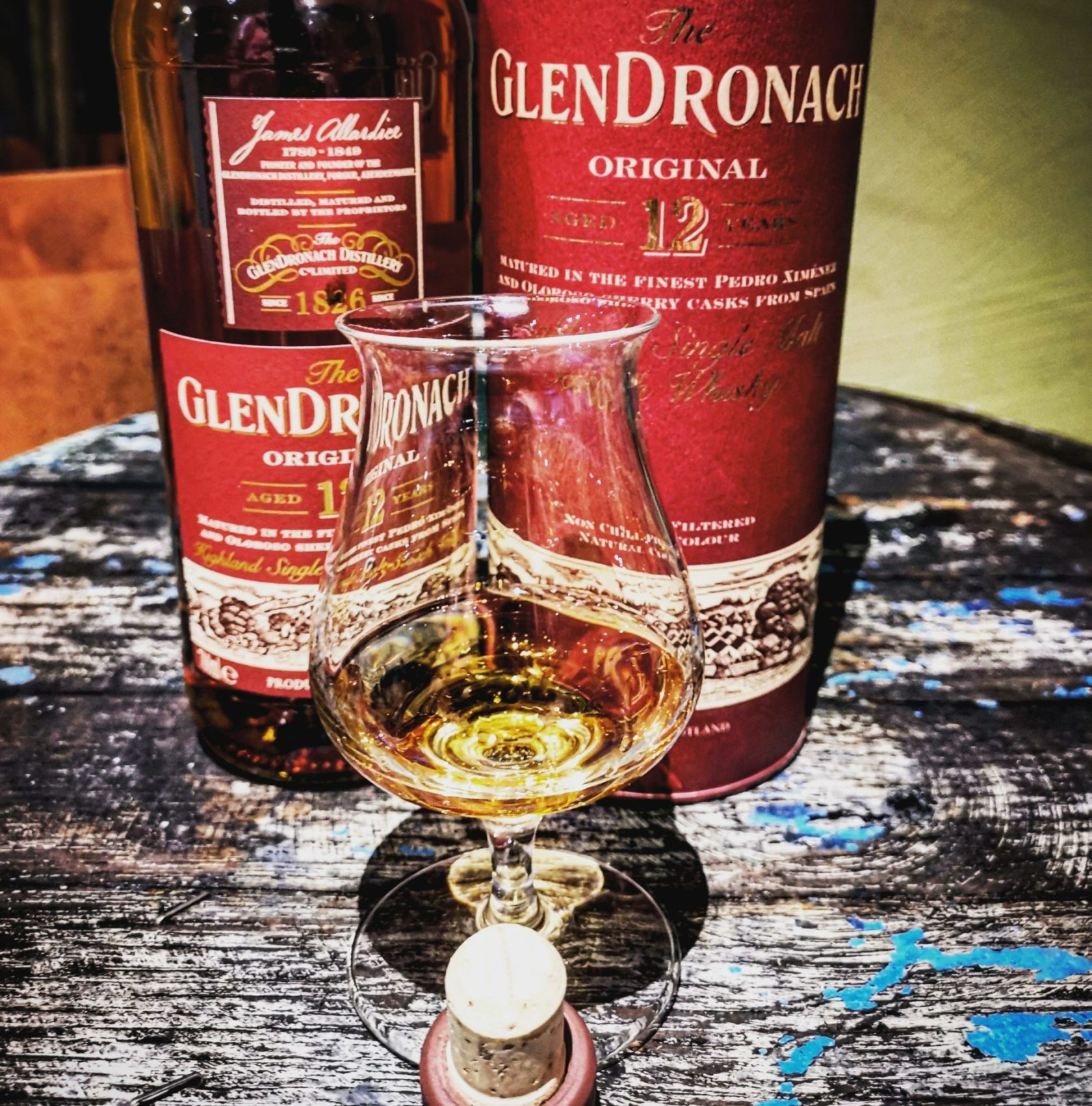 The GlenDronach 12 Jahre Highland Single Malt Scotch Whisky